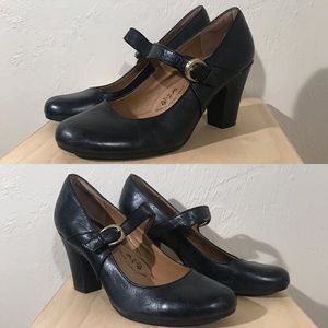 Sofft Black Leather Mary Jane Pumps Size 10